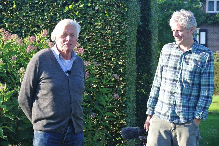 Director Thomas Piper and Piet Oudolf taking a break from shooting in Hummelo, Netherlands (photo by Malcolm Wyer)